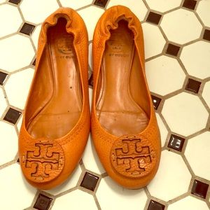 Adorable, orange Tory Burch ballet flats.